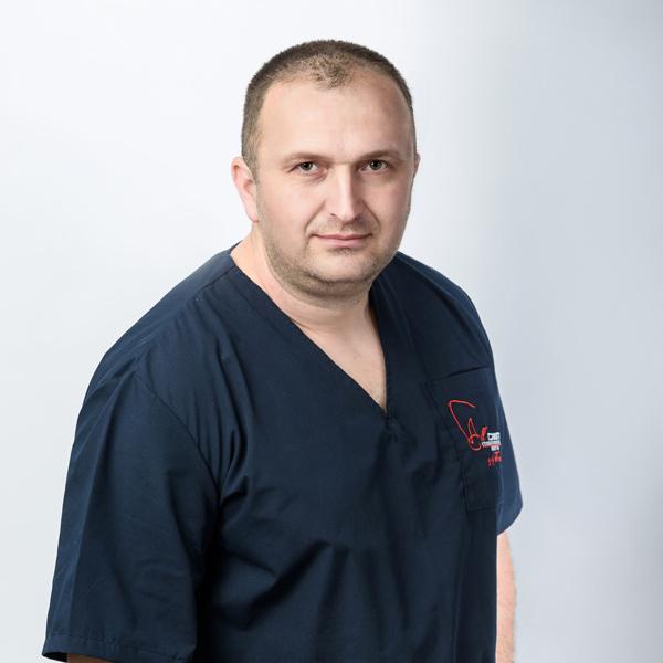 Д-р Станислав Тошев